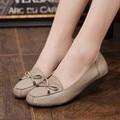 Zapatos de moda de primavera y Otoño Madre de mediana edad de cuero suave-planos cómodos zapatos de mujer zapatos de gran tamaño 35 40 41