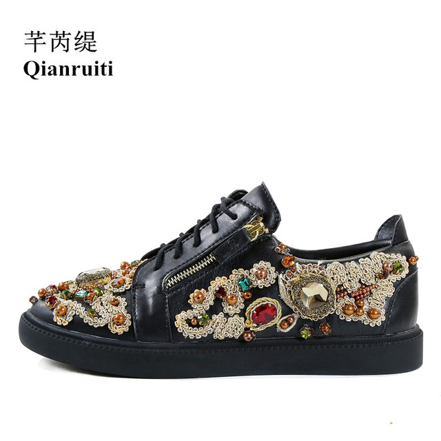 Qianruiti 2018 Fashion Show Men Mixed Color Crystal Flat String Beading  Sneakers Rhinestone Lace-up Men Runway Chaussures Hommes 46f4311e2a2a