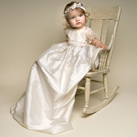 2016 Newborn Baby Girl Dress Solid A Line Appliques Lace Short Sleeves O Neck Formal Baptismal Gown Baby Christening Dresses