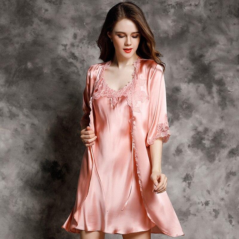 P9939 nouvelle mode 100% soie peignoir femme printemps et peignoir d'été luxueux vêtements de loisirs ensembles de chemise de nuit