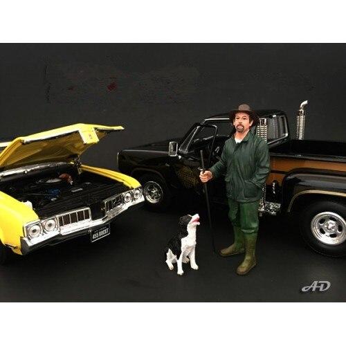 1/18 chien avec un homme en bottes de pluie scène de voiture poupée