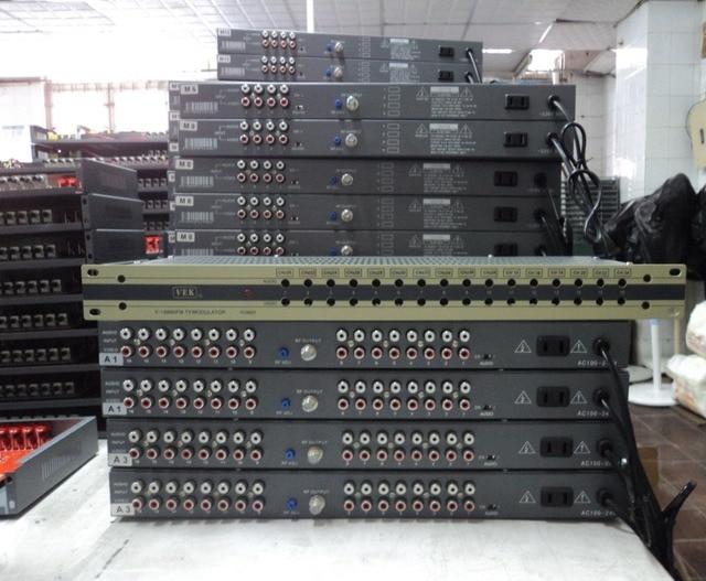 16 Way CATV modulator, interval channel, RF signal output, NTSC modulator,PAL B/G modulator,  PAL DK/I modulator for hotel