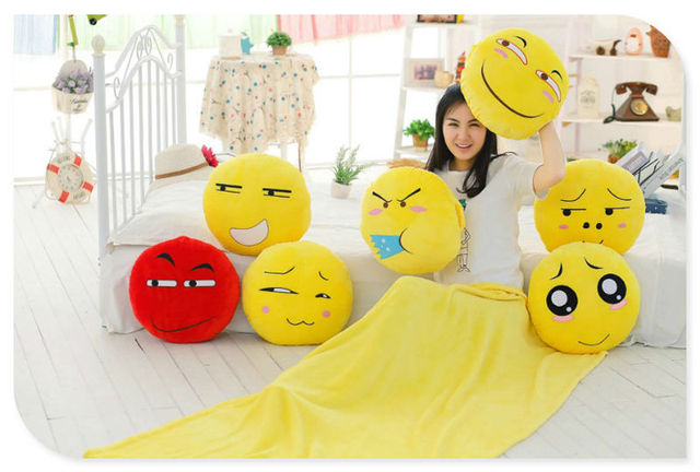 Emoji Kussens Kopen : Grappige leuke cm emoji kussen pluche neef ronde storing deken