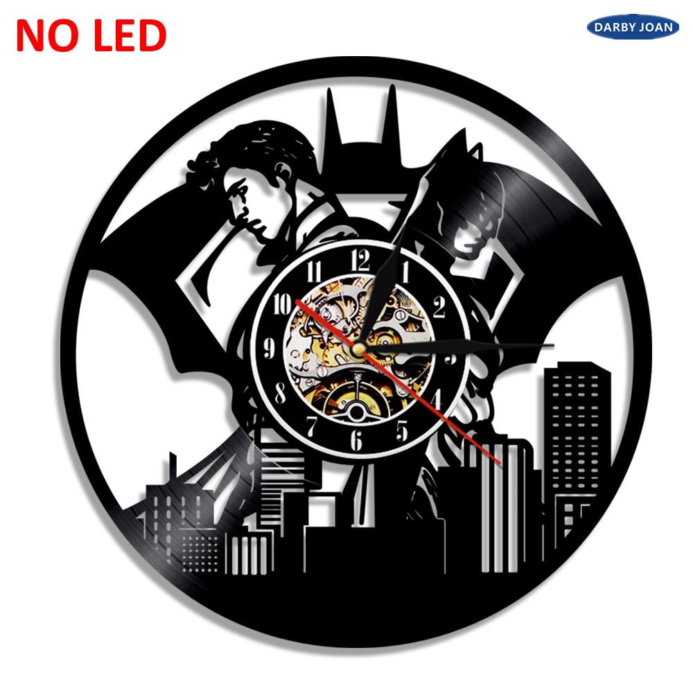 787654ec6b8d Batman vs Superman LED vinilo Reloj de pared de la luz que cambia de color  vintage moderno regalo hecho a mano decoración lámpara controlador remoto  en ...