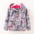 2017 otoño cartoon graffiti niñas abrigos y chaquetas de algodón lining outwear bebé niños chaqueta de cremallera chica cazadora con capucha ce221