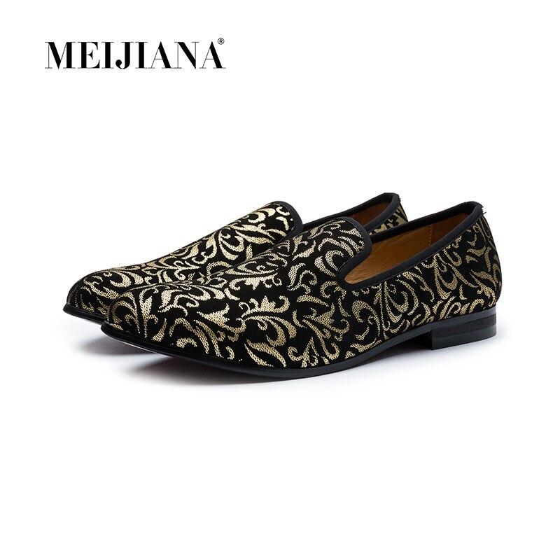 De luxe chaussures pour hommes Noir Mocassins En Cuir chaussures casual pour hommes Marque Confortable Printemps Mode Respirant chaussures pour hommes