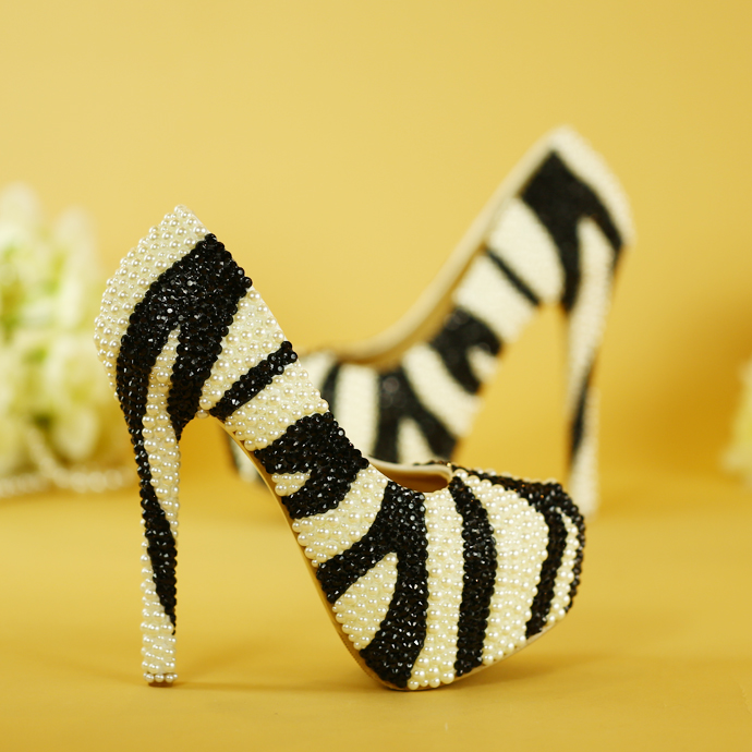 ФОТО New arrival Black adn White Pearl handmade Beaded wedding Party shoes Fashion Pumps big size 34-43 Girls Single shoes