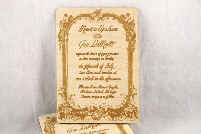 Pribadi Vintage Terinspirasi Bingkai Undangan Pernikahan Cutting