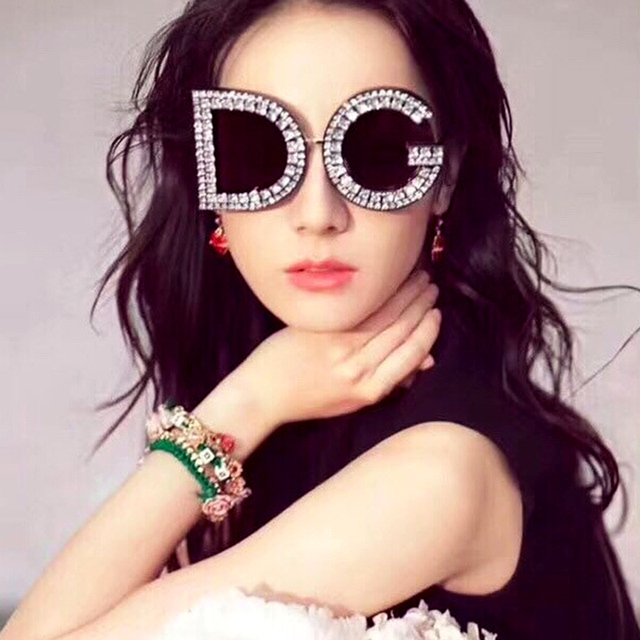 0c6e0d4a372 Fashion 2019 Oversized Sunglasses Women Round D G Plastic Frame Rhinestone  Sun glasses For Men Female Eyewear Shade oculos UV400