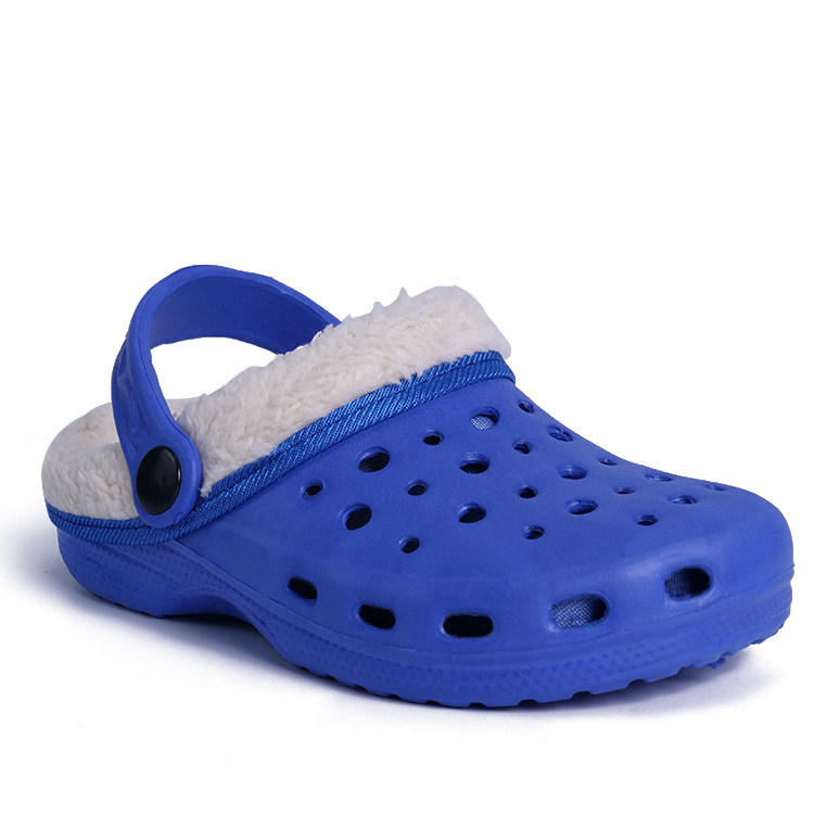 Original Slippers Kids Croc Clog Shoes Winter Casual Classic Boys Girl  Children Fuzz Lined Sneakers Winter Fur Garden Sandals-in Sneakers from  Mother   Kids ... 711b9753b8e8