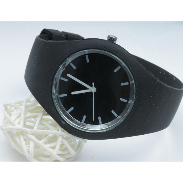 Womens Leisure Sports Candy-colored Jelly Watch Silicone Strap Brand New High Qu