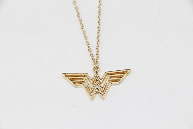 ZRM Moda Jewely Oro Fascino Super Hero Wonder Woman Collana Uomini Donne Regalo