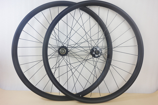 29 Inch Boost Carbon Wheelset 35 X 28 Mm Asymmetric Tubeless Bike