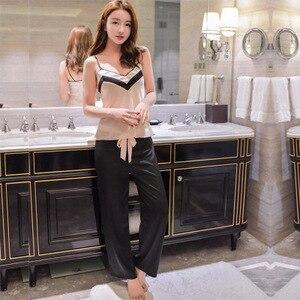 Image 2 - Yeni tasarım kadın saten Pijama takımı kaşkorse ve uzun pantolon takım elbise moda dantel v yaka iç çamaşırı seti eğlence ev tekstili lüks Pijama S