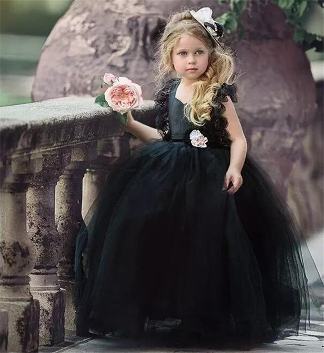 black party dresses for girls half sleeves puffy kids ball gown dress vestido de fiesta nina lace flower girls dresses 2 12 year Black Ball Gown Flower Girls Dresses Puffy Tulle Lace Cap Sleeves Open Back 2018 Girls Pageant Gown