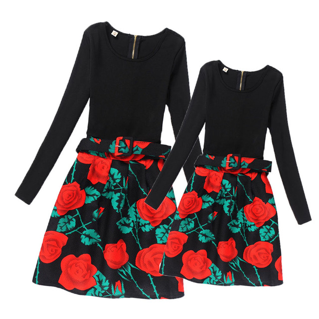 Fashion Mother and Daughter Dresses Teens Girls Flower Dress Girls Long Sleeve Clothes 2017 Family Matching Clothing Mae e Filha