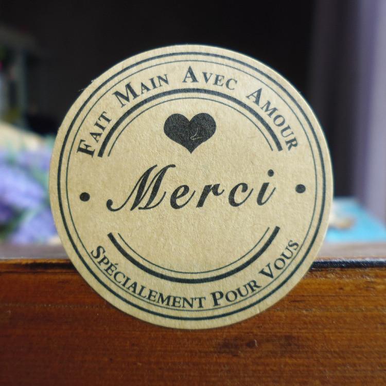 120Pcs French Merci Love Heart Handmade Cake Packaging Sealing Label Kraft Sticker Baking DIY Work Gift Box Round Stickers M1211