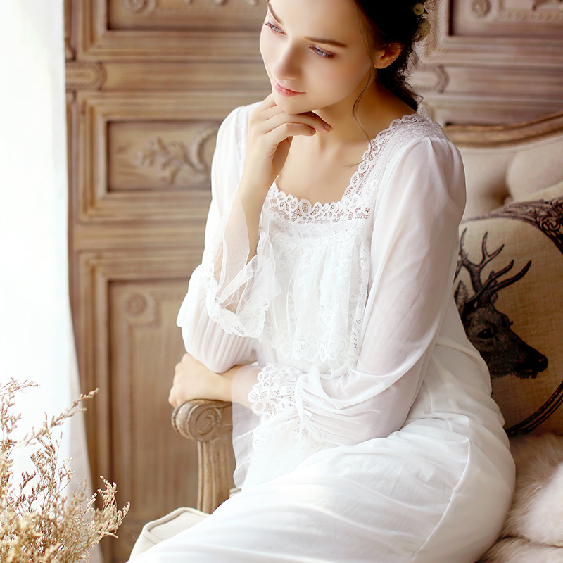 Pregnant Women Nightgowns 2017 New Arrival Lace Sexy 3 Color Long Sleeve Square Neck Nightgown Retro Princess Sleep Wear CC632 sexy plunging neck solid color long sleeve women s dress