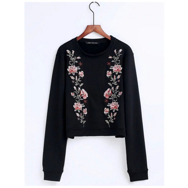 Chic O neck Flower Embroidery Sweatshirt 2017 New Women Pullover long  sleeve Short Hoodies Casual Jumper