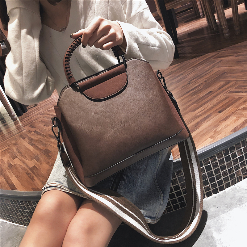 European style Retro Handbags Women's Designer Handbag 2018 High-quality PU Leather Women Big Tote bag Portable Shoulder bags women messenger bags designer handbags high quality 2017 new belt portable handbag retro wild shoulder diagonal package bolsa