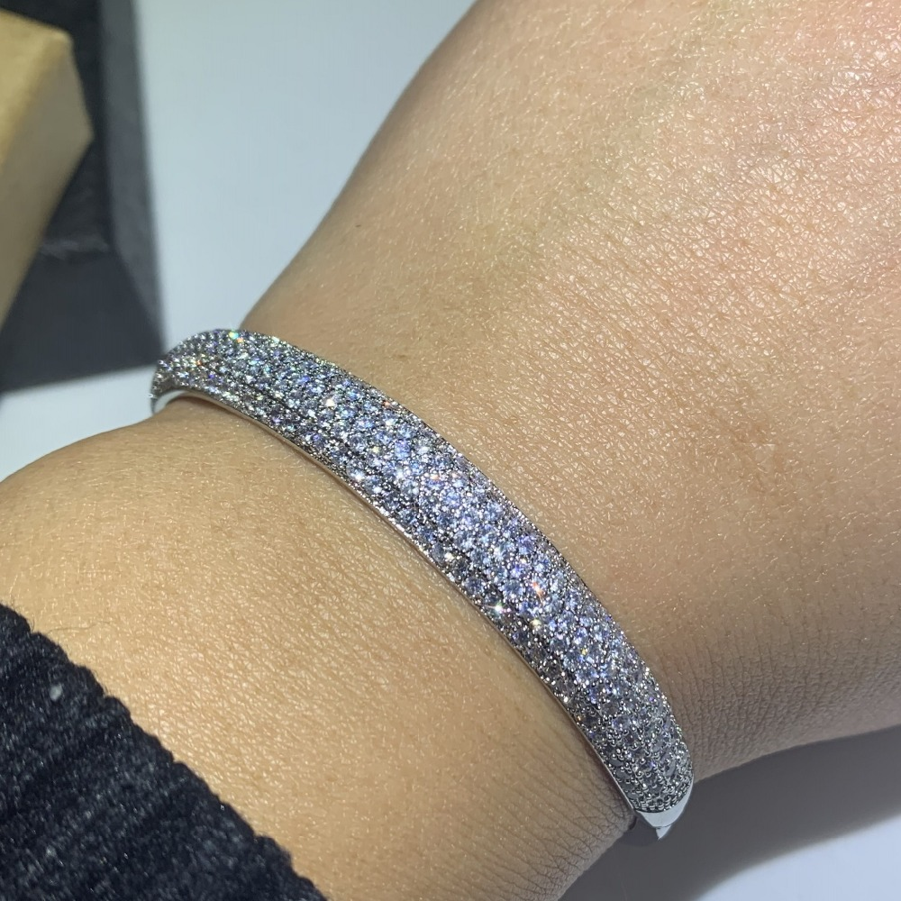 Classical Hot Sale Shinning Jewelry 925 Sterling Silver Fill Pave 5A Zirconia CZ Promise Bangle Women Wedding Bracelet GiftClassical Hot Sale Shinning Jewelry 925 Sterling Silver Fill Pave 5A Zirconia CZ Promise Bangle Women Wedding Bracelet Gift