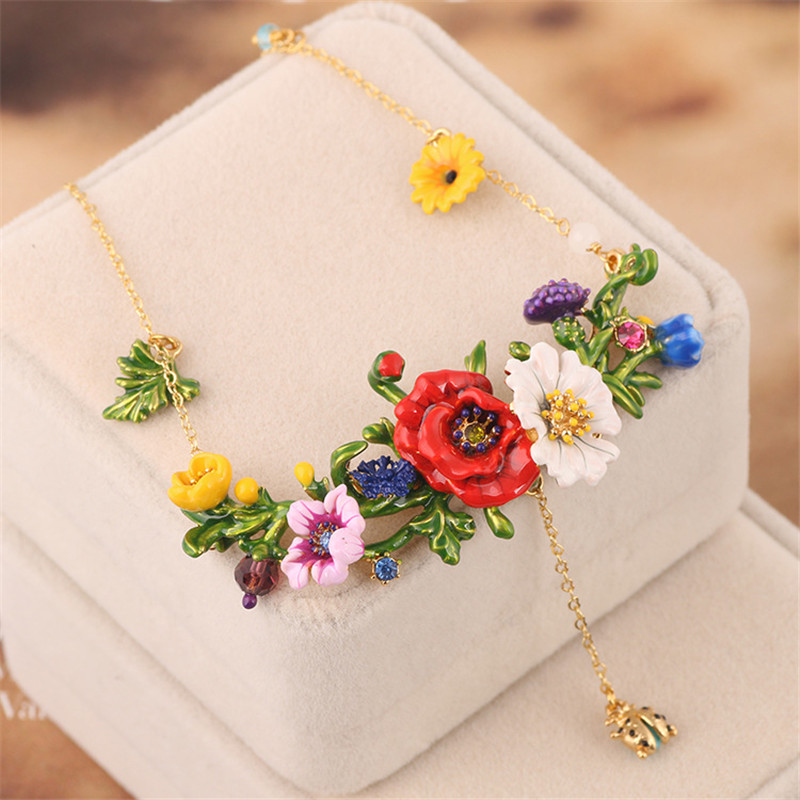 France Fresh Enamel Glated Necklaces Red Flowers Green Leaves Beautiful Fashion Glod Necklace For Women Party Jewelry