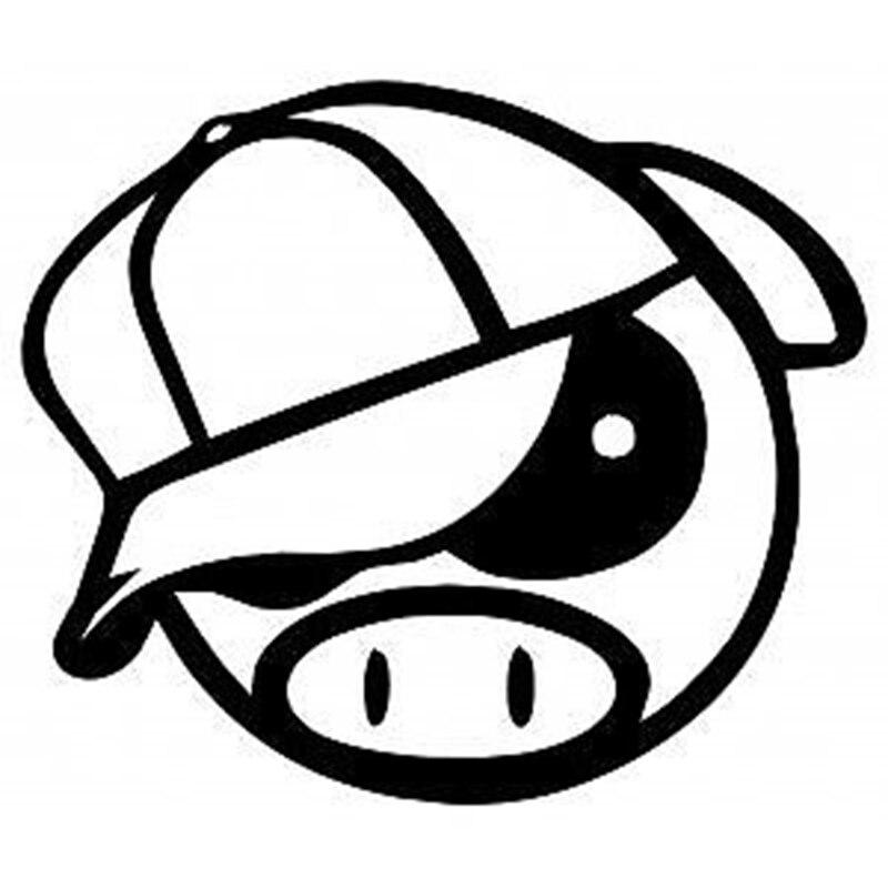"""Automobilio """"HotMeiNi"""" lipdukas 14 * 12 cm. """"Pikta ralio kiaulė su kepure"""", animacinis gyvūnas, ant automobilio lango, automobilio kėbulas, vinilo lipdukas, juodas / sidabrinis ir tt"""