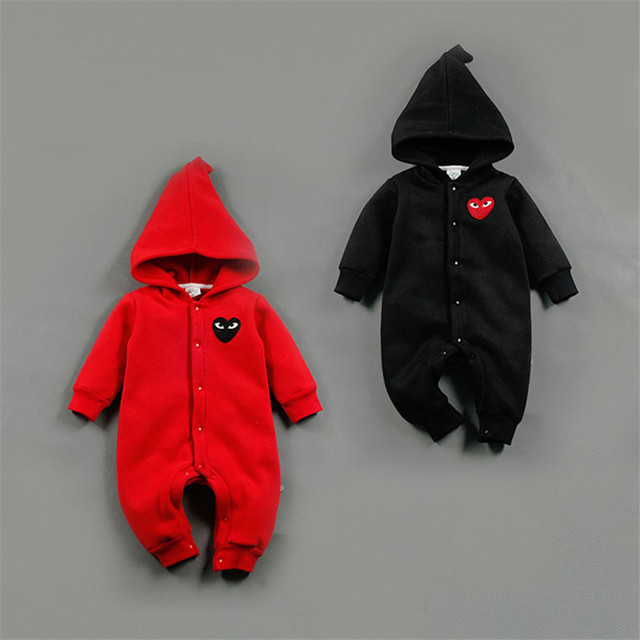 Mameluco Del bebé Recién Nacido Ropa Del Bebé con el Sombrero Del Invierno largo Lindo Negro Ojos Rojos de Una sola pieza infantil Unisex Cubierto ropa R-005