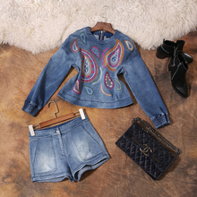 2017 New Spring Summer European High-end Embroidered Cowboy O-neck Shirt and Shorts Suit Two Piece Set Tide