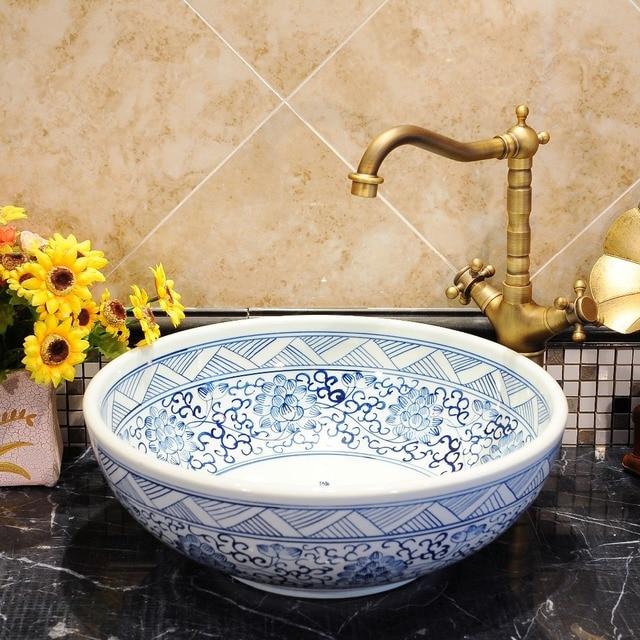 runde form jingdezhen fabrik direkt kunst hand bemalt keramik waschbecken runde sch ssel. Black Bedroom Furniture Sets. Home Design Ideas