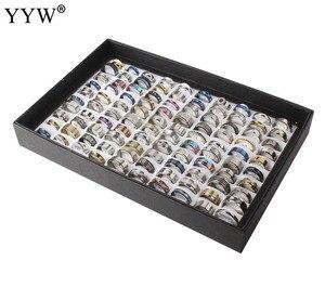 Image 2 - Edelstahl Schmuck Ring 100 stücke/box Geometrische Design Gemischt Stile Männer der Frauen Punk Finger Ring Anillo de dedo Großhandel lot