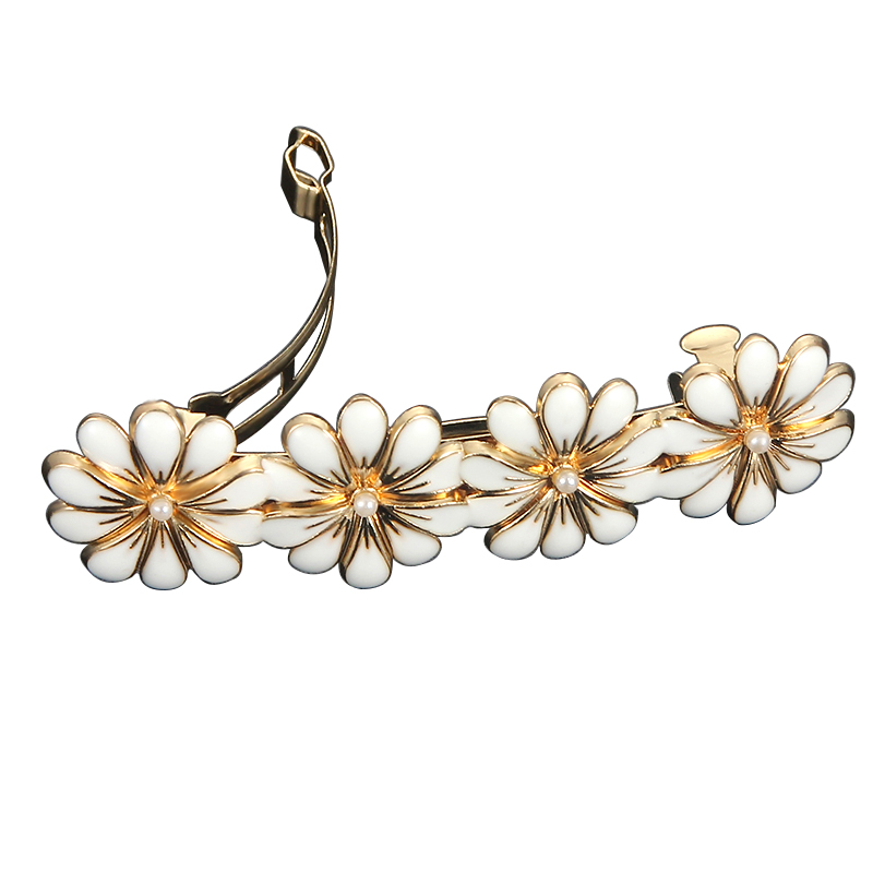 New Women Hair Clips Snap Hair Barrette Fashion Daisy Flower Hair Clip For Women Ladies Hairpin Metal Headwear Hair Accessories