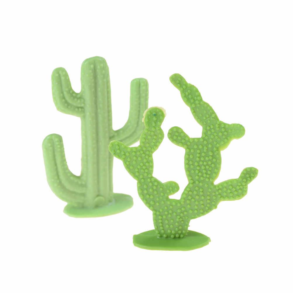 Sale 2Pcs/set Plastic 6cm Cactus Plant Model Railway Park HO SCALE Layout Scenery Dollhouse Decor