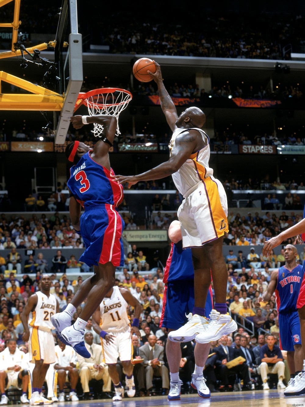 "Ben Wallace Block Shaquille O Neal print poster 24""x32""wbp in"