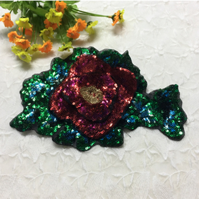 DIY Rote Rose Grün Blume Pailletten Muster Patch Stickapplikationen ...