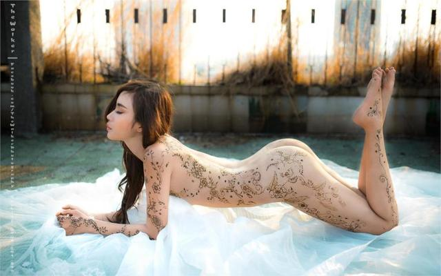 Asian Oriental Girl Posture Tattoo Body Legs Black Long Hair Home Decoration Canvas -4202