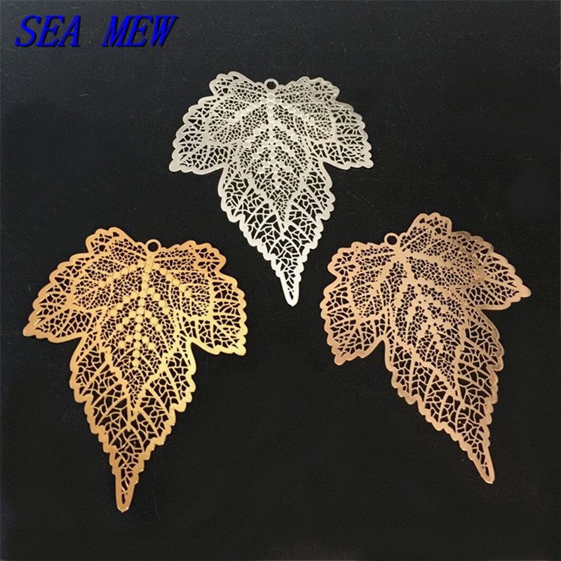 SEA MEW 10PCS 5*48mm Fashion Metal Copper Silver Gold Filigree Hollow Out Maple Leaf Pendant Charm For Jewelry Making