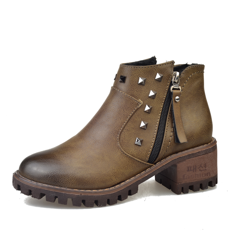 British Style Motorcycle Ankle Boots For Women Square Heel Leather Martin Woman Retro Brush Round Toe Rivets Zapatos Mujer