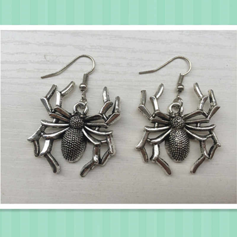 2018 New Trendy silver plated Spider Earrings, halloween gift
