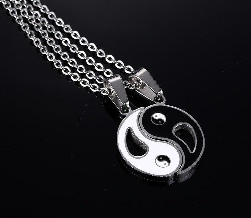 Yin Yang sümboliga ketikomplekt