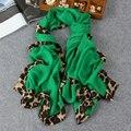 Caliente más nuevo venta seda pañuelo de gasa bufanda animal print chal super estrella de diseño de leopardo hijabs envío gratis