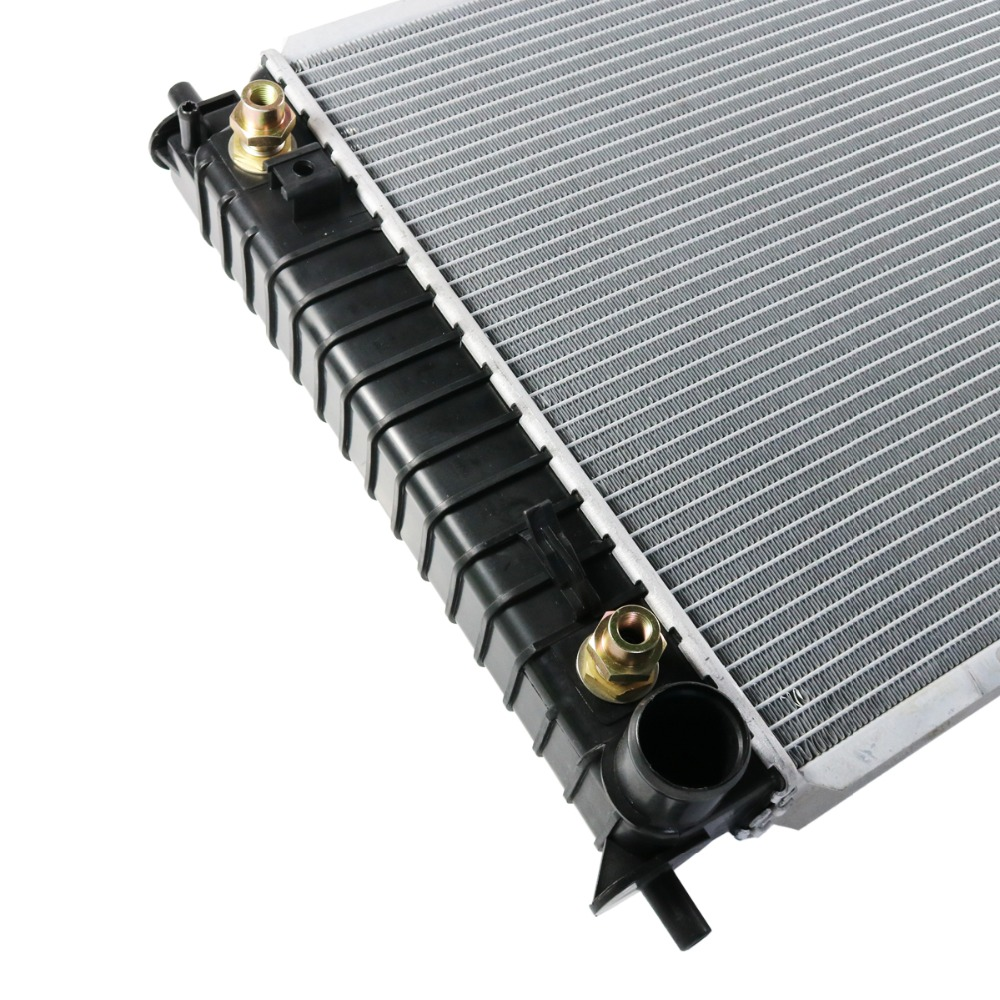 New 2 Row Radiator For Ford Expedition F-150 F-250 F-350 Super Duty 5.4L Q2136