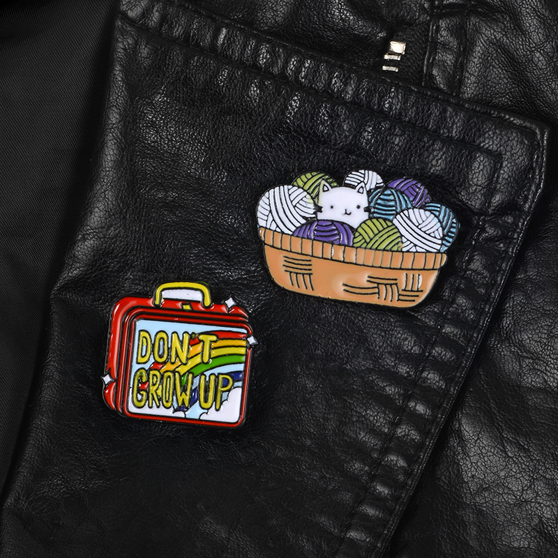 Apparel Sewing & Fabric Arts,crafts & Sewing Book Pineapple Brooch Retro Girls Cartoon Pins Jeans Backpack Handbag Alloy Brooches Metal Badges For Clothes