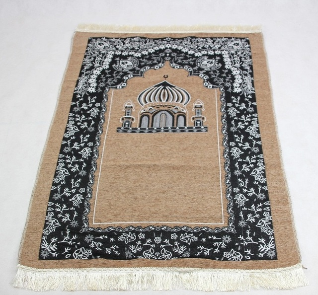 New Design Unique Anti Slip Travelling Islamic Prayer Mat Rug Carpet For Worship