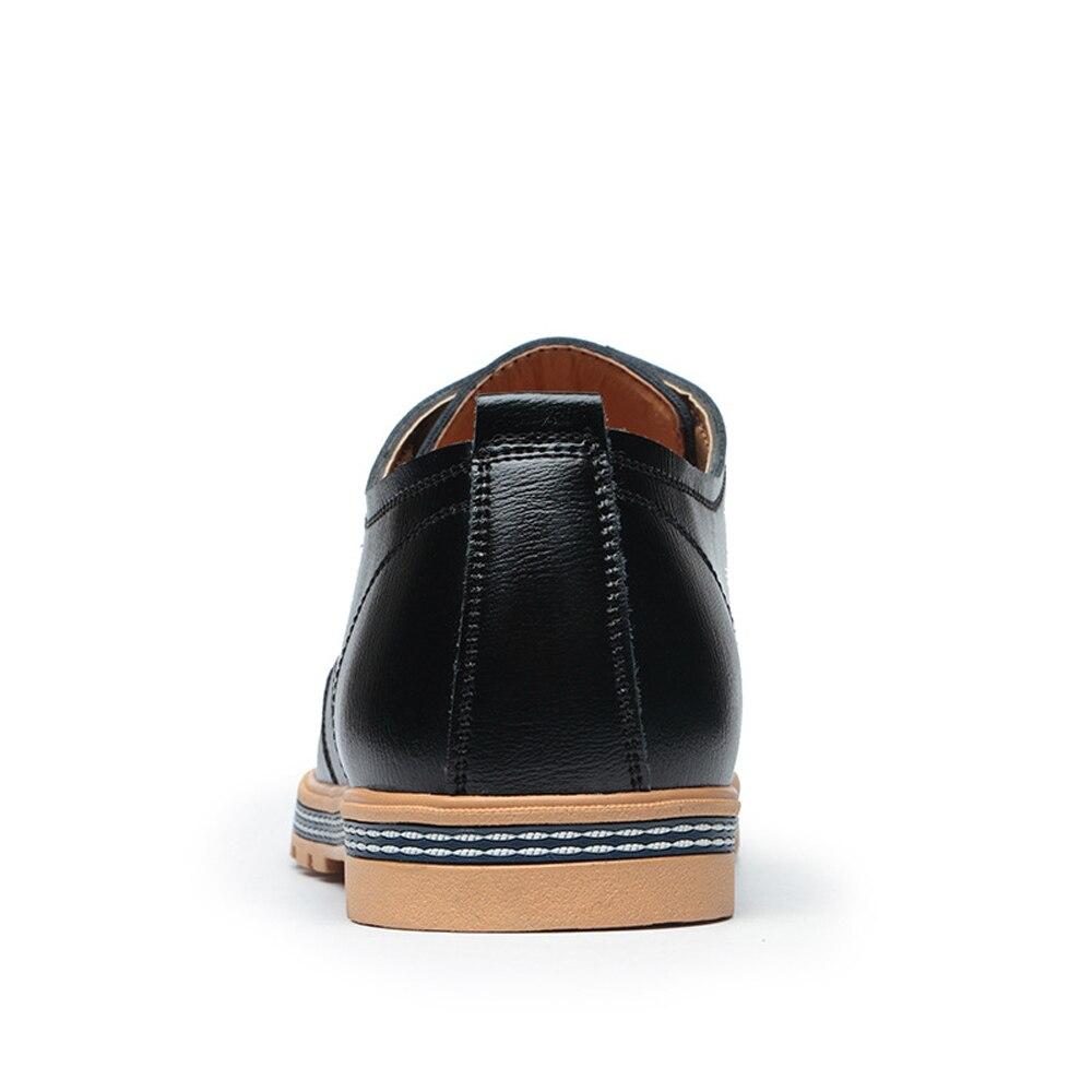 Casual New Black Mode 2018 En Homme Plat up With Cuir Fur Dentelle Brand Solide Respirant Fur Avec brown De Pu Qffaz black Chaussures Hommes Printemps brown t56qnHwx