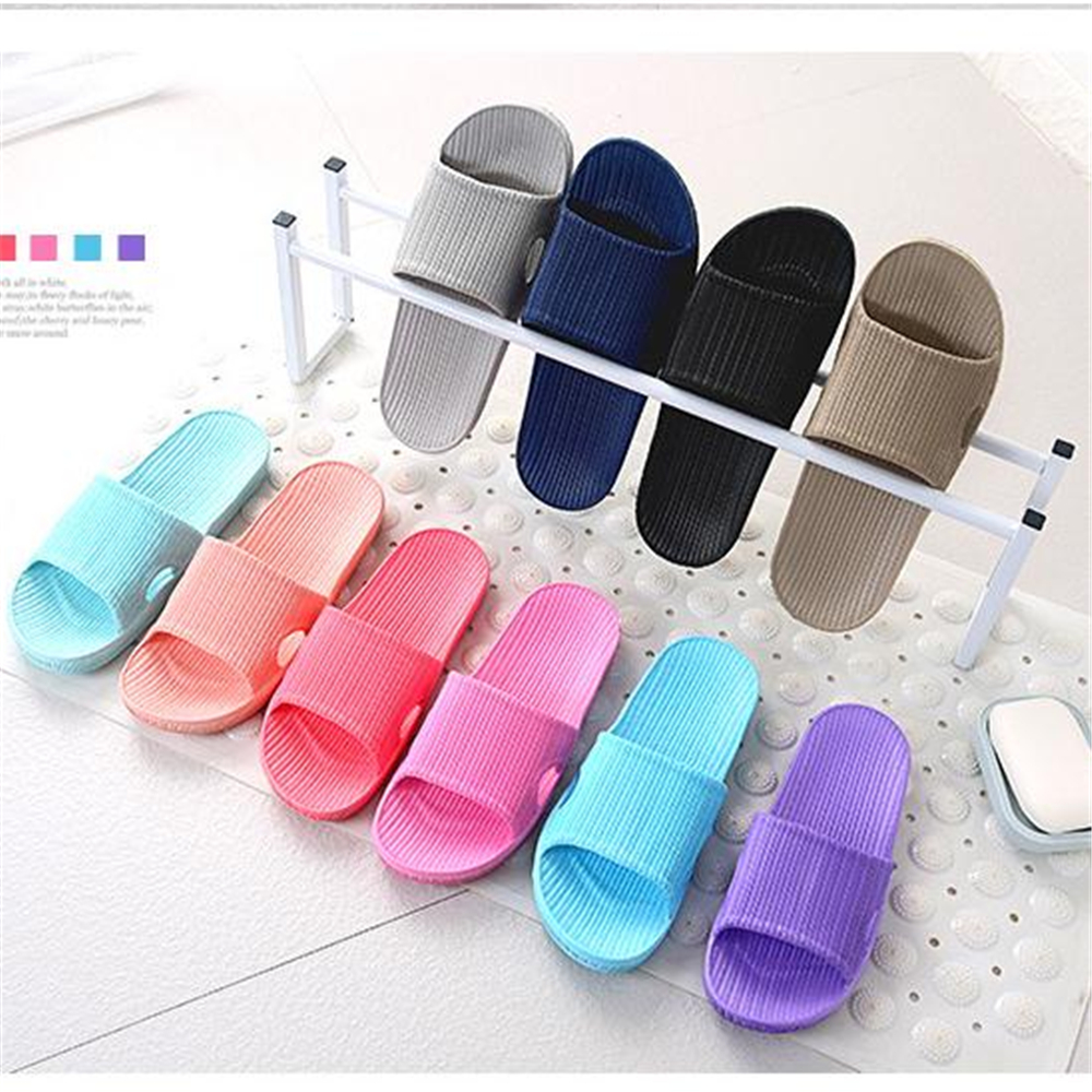 2018 pairs of household slippers wholesale bathroom slippers EVA light slippers for men and women general cold towing2018 pairs of household slippers wholesale bathroom slippers EVA light slippers for men and women general cold towing