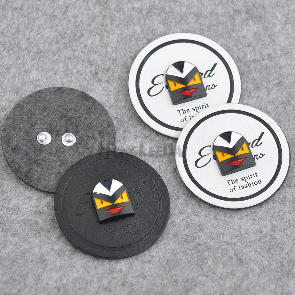 Arts,crafts & Sewing 20pcs/lot Black/white Pu Leather Sew On Badges Fashion Labels With Metal Logo Clothing Label For Jeans/jacket Plb-030 At Any Cost Badges