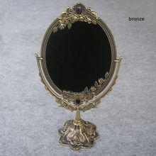 Vintage en relieve doble cara retro Bronce Aleación metal escritorio maquillaje aparador decorativo espejo en relieve marco herramienta de maquillaje 330B