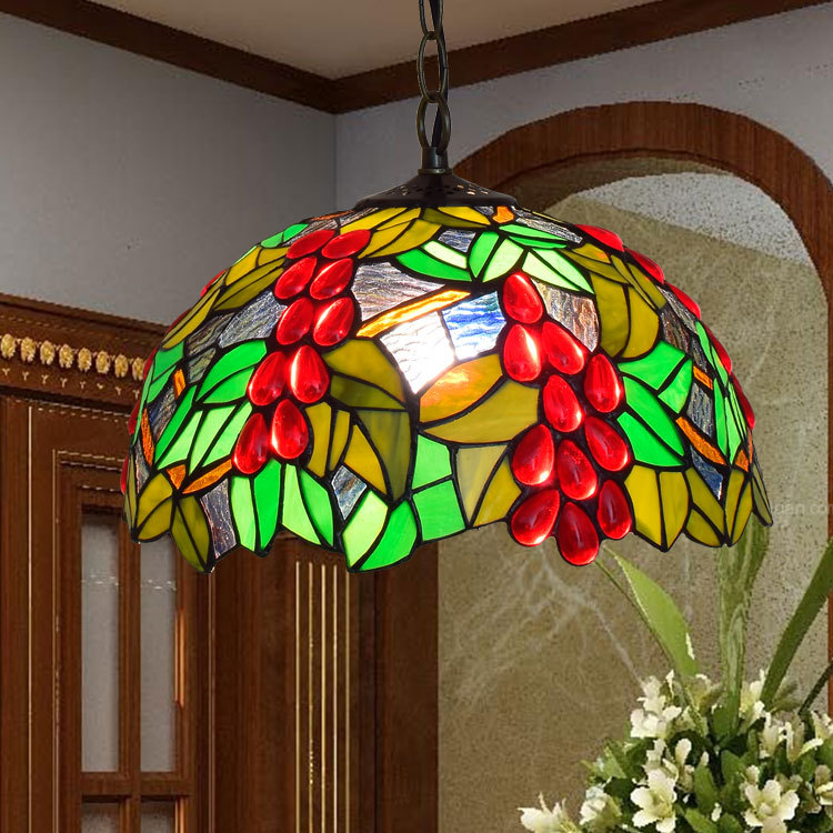 American Pastoral red grape Tiffany stained glass art pendant light  restaurant balcony bedroom lampAmerican Pastoral red grape Tiffany stained glass art pendant light  restaurant balcony bedroom lamp