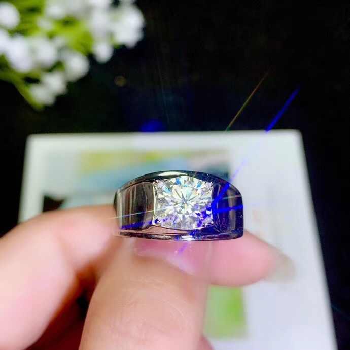 Pierścionek męski moissanite ze srebra próby 925, klasyczny styl, popularne na świecie kamienie szlachetne, piękny ogień. Cena jest rozsądna. Whol